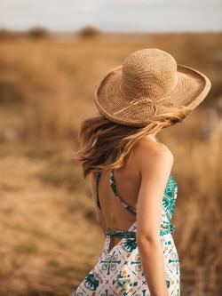 Chapeau roulotte Le voyage en panier 1|La mode au féminin prêt à porter femmes vêtements originaux fashion dernières tendances
